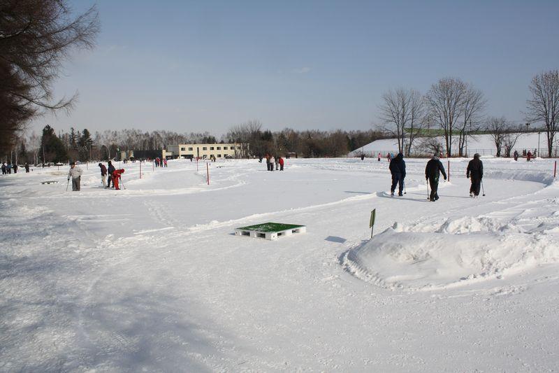 雪中パークゴルフ場